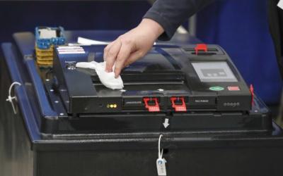 Vote-Counting Feeds in Pennsylvania, Georgia Show Irregularities: Data Expert