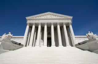 Trump Administration takes asylum ban to Supreme Court