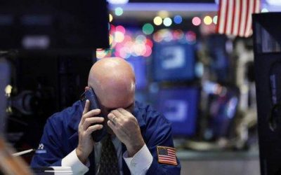 US Futures, European Stocks Slide As Trade Fears Return