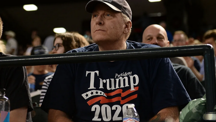 Ex-pitcher Curt Schilling 'absolutely considering congressional run in Arizona