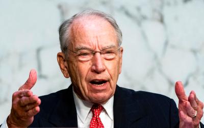Top Financial Expert Blows Lid Off Democrat Tax Plan