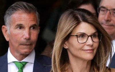 Lori Loughlin, Mossimo Giannulli pay off $400G in total fines from college admissions scandal: report