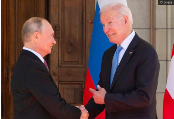 "Vladimir Putin slams Biden's ""woke"" culture, confirming that ""wokeness"" is an evil that will destroy the West"